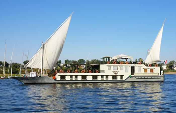 segelboot nilfahrt ägypten